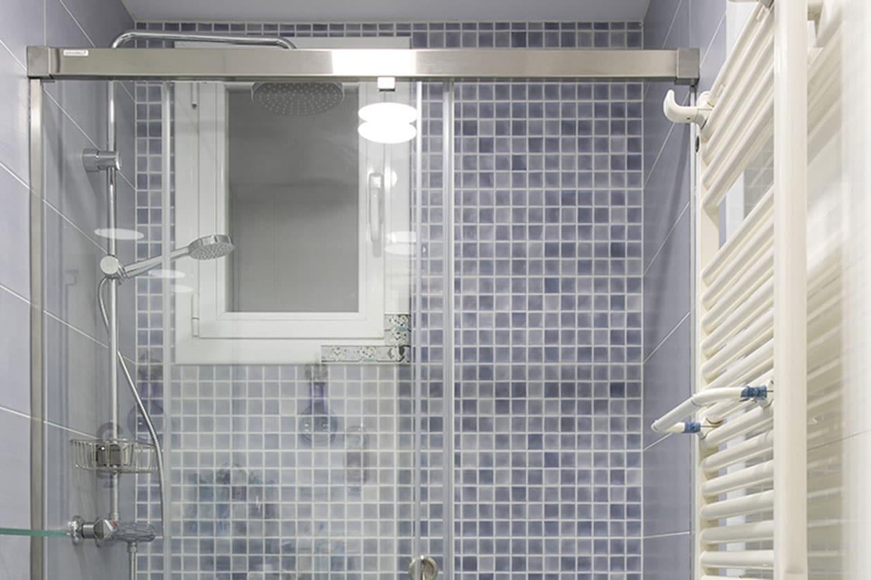 Reforma baño parcial en Guinardó