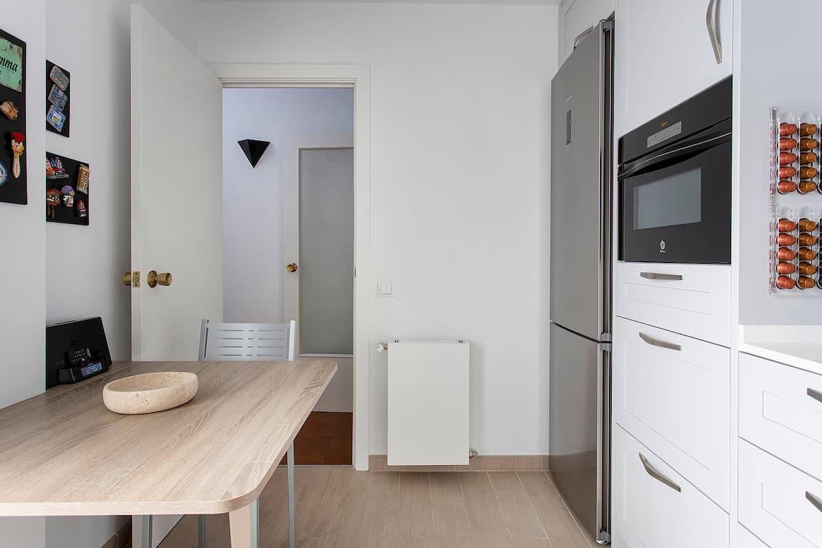 puerta de cocina abierta