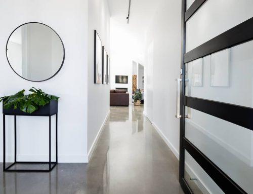 Com decorar un passadís llarg?