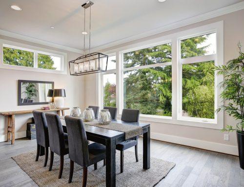 Com decorar un saló quadrat?